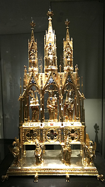 Another reliquary containing even more bits of him
